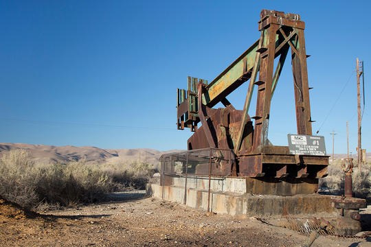A rusty pumpjack at an abandoned oil well in the southern San Joaquin Valley, Maricopa County, California