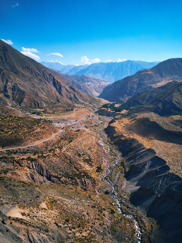 Aerial view of the Cajón del Maipo.