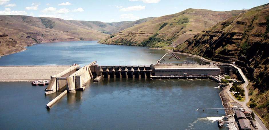 Temperature Rises on Columbia Basin Dams